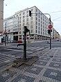 Veletržní, křižovatka s ulicí Dukelských hrdinů, pumpa, Veletržní palác.jpg