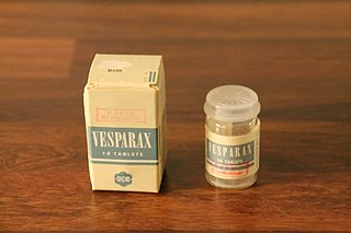 Secobarbital/brallobarbital/hydroxyzine combination drug