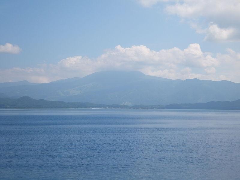 File:View of Mt. Akita-Komagatake from Lake Tazawa.jpg