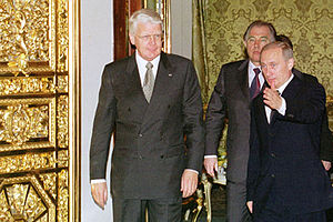 Ólafur Ragnar Grímsson - Ólafur with President of Russia Vladimir Putin at the Kremlin on 19 April 2002
