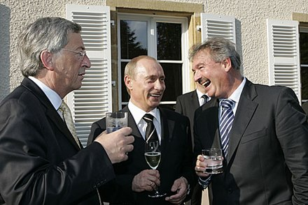 Prime Minister Jean-Claude Juncker and Deputy Prime Minister Jean Asselborn with Russian President Vladimir Putin on 24 May 2007 Vladimir Putin in Luxembourg 24 May 2007-22.jpg