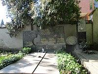 Vojta Beneš, politik - hrob, Hřbitov Střešovice 10.jpg
