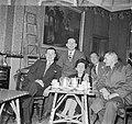 Vrouw genaamd Louise in een café met de smokkelkoningen van Rosslare, Bestanddeelnr 191-0905.jpg