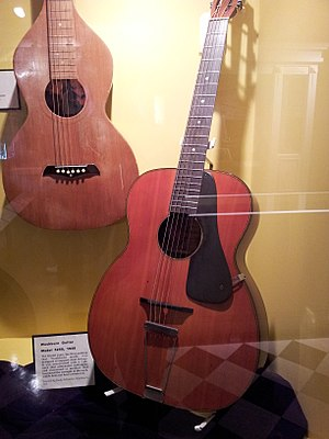 Washburn Guitars - right: archtop guitar model 5250 (1928).