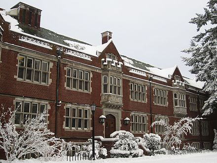Eliot Hall at Reed College Winter storm, January 2017, southeast Portland, Oregon - 26.jpg