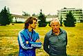 Wolfgang Overath und Hennes Weissweiler 1976.jpeg