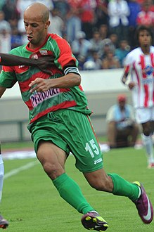 Wydad Casablanca vs Mouloudia d'Alger, CAF Champions League, July 31 2011-4 (cropped).jpg