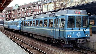 SL X10p - An unrefurbished X10p train at Stockholm East Station in January 2007
