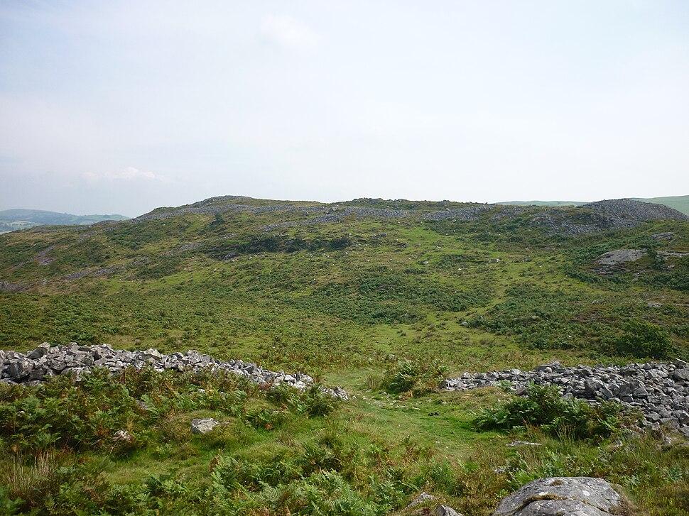 Y Garn Coch fort