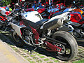 Yamaha YZF-R1 (12213726916).jpg