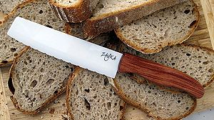 Ceramic engineering - Ceramic bread knife
