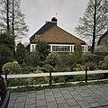 Zicht op achterzijde van kwekerswoning - Aalsmeer - 20407617 - RCE.jpg