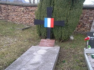 Žacléř - Image: Žacléř tomb of French soldiers