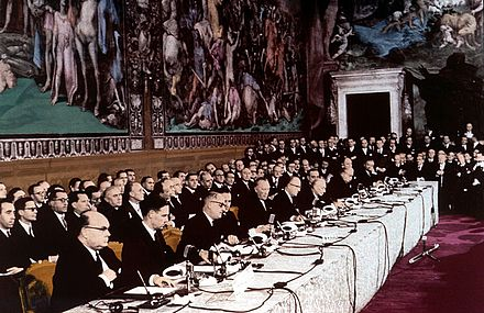 The signing ceremony of the Treaty of Rome on 25 March 1957, creating the European Economic Community, forerunner of the present-day European Union. Italy is a founding member of all EU institutions. Rims'kii dogovir.jpg