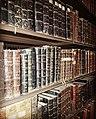 ספרים נדירים ספריית מסגד אל-אקצא.jpg