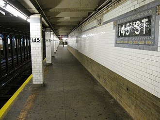 145th Street (IRT Broadway–Seventh Avenue Line) - Uptown platform