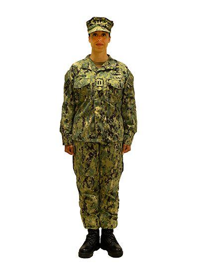 A female officer wearing the NWU Type III in AOR-2.