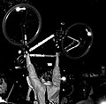 2005-10-28 - London - Critical Mass (4888394034).jpg