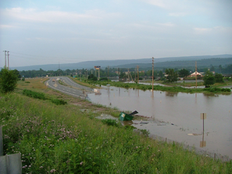 A flood in Westfall, Pennsylvania in 2006 2006 flood Westfall PA.png