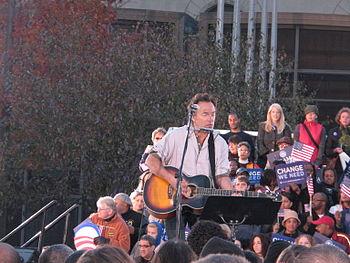 20081102 Bruce Springsteen at Barack Obama rally in Cleveland