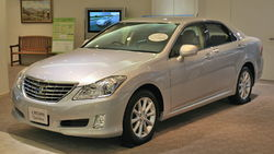 Toyota Crown Royal (S200)