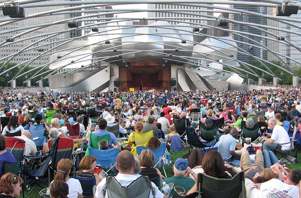20090814 Pritzker Pavilion on Beethoven's 9th Day crop