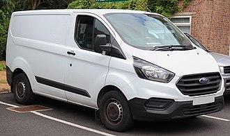 Ford Transit Custom - Image: 2018 Ford Transit Custom 300 Base 2.0 facelift
