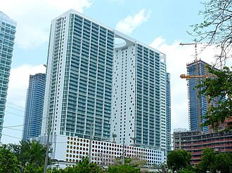 500 Brickell - 500 Brickell Towers in May 2008