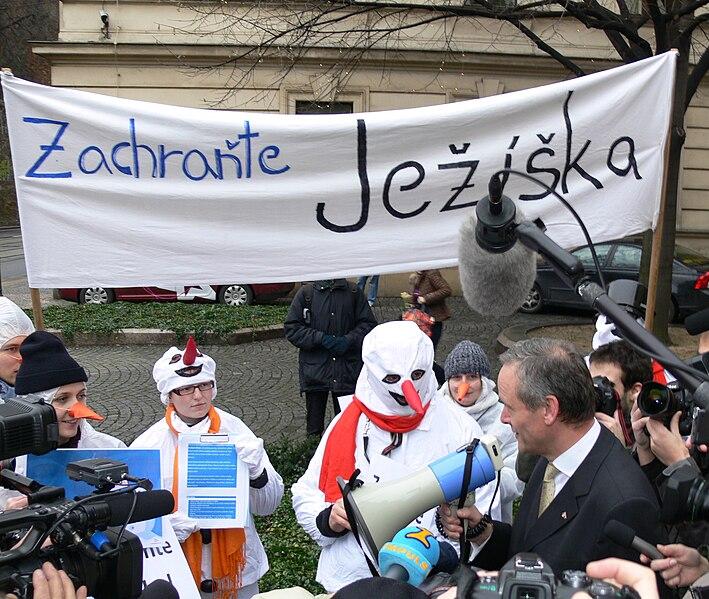Soubor:5Demonstrace Zachraňte Ježíška, 19.12.2008, Praha (66).jpg