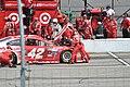 5 Hour Energy Kyle Larson pit stop (19893068705).jpg