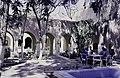ASC Leiden - van Achterberg Collection - 13 - 33 - La cour de l'Hôtel Transatlantique - Ghardaïa, Mzab, Algérie - Avril-mai 1981.jpg