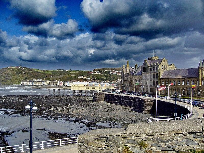 File:Aberystwyth - panoramio (29).jpg