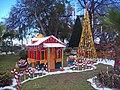 Adornos navidad 2009 Parque Chapulin Saltillo Coahuila - panoramio.jpg