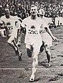 Albert Hill vainqueur du 800 mètres aux JO de 1920.jpg