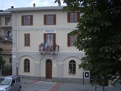 Alice Superiore Town Hall.jpg