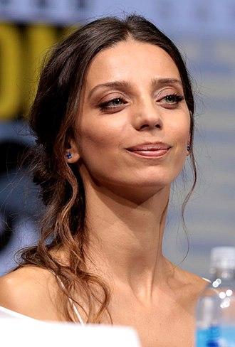Angela Sarafyan - Sarafyan at the 2017 in San Diego Comic-Con