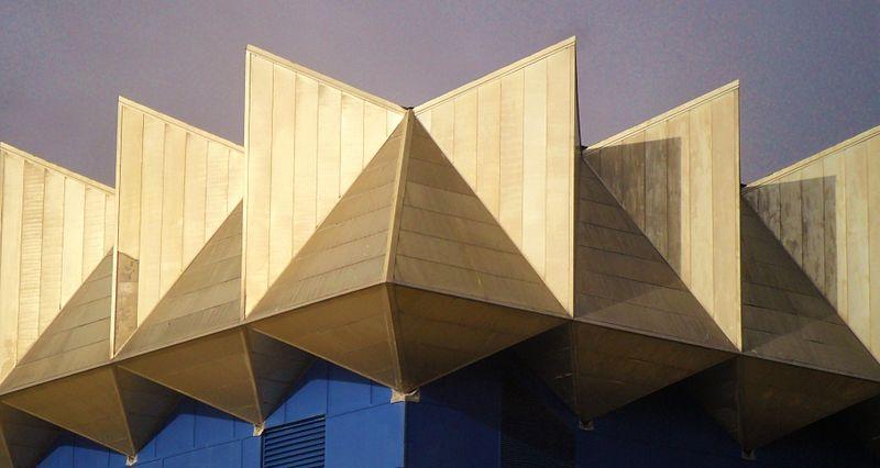 File:Angled shapes (12050652975).jpg