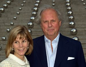 Graydon Carter - Carter and his wife Anna Scott in New York City in 2010