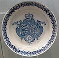 Ansbacher Fayence Schüssel Wappen BNM.jpg