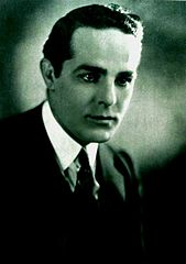 Antonio Moreno - Aug 1922 Photoplay.jpg