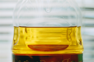 Apple juice - Clarified apple juice, from which pectin and starch have been removed, in a plastic bottle
