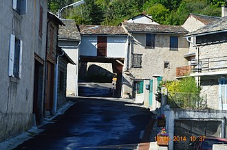 Artigues, Ariège - A street in Artigues