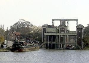 Arques, Pas-de-Calais - The Fontinettes boat lift
