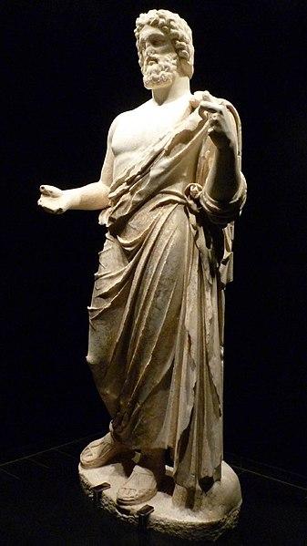 Escultura de Asclepio encontrada en el yacimiento arqueológico de Ampurias.