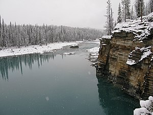 Athabasca River - Athabasca River in Jasper National Park