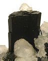 Babingtonite-Prehnite-bab04b.jpg