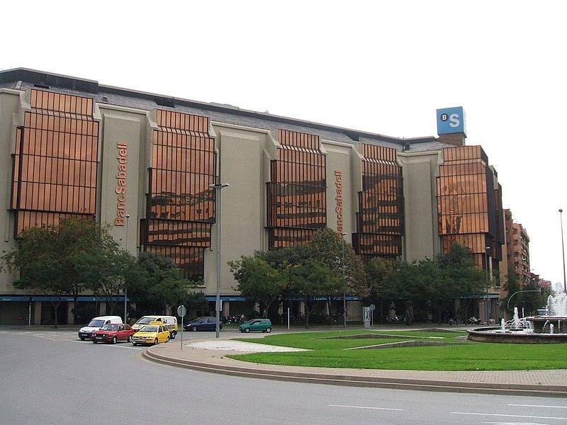 File:BancoSabadell headquarters.JPG