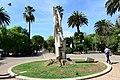 Bari monumenti Invalidi del Lavoro in piazza Garibaldi.jpg