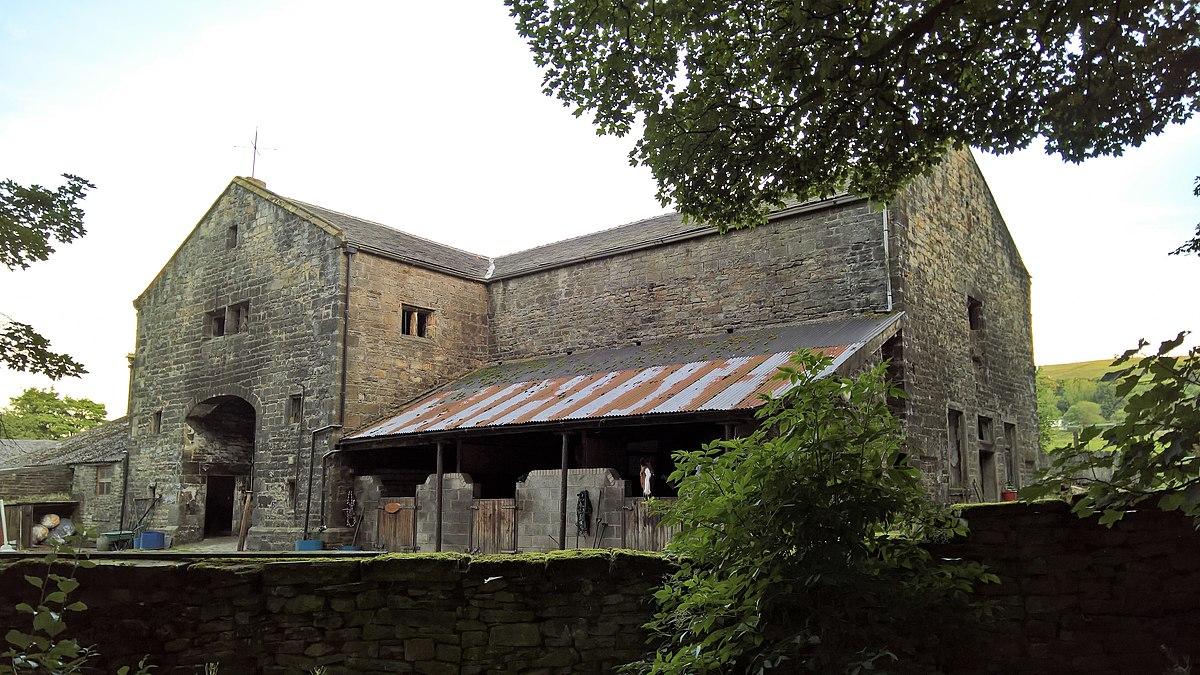 Barn, Towneley Farm, Burnley.jpg