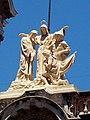 Basílica de San Francisco Bs As Dante Alighieri, Giotto y Cristóbal Colón.jpg